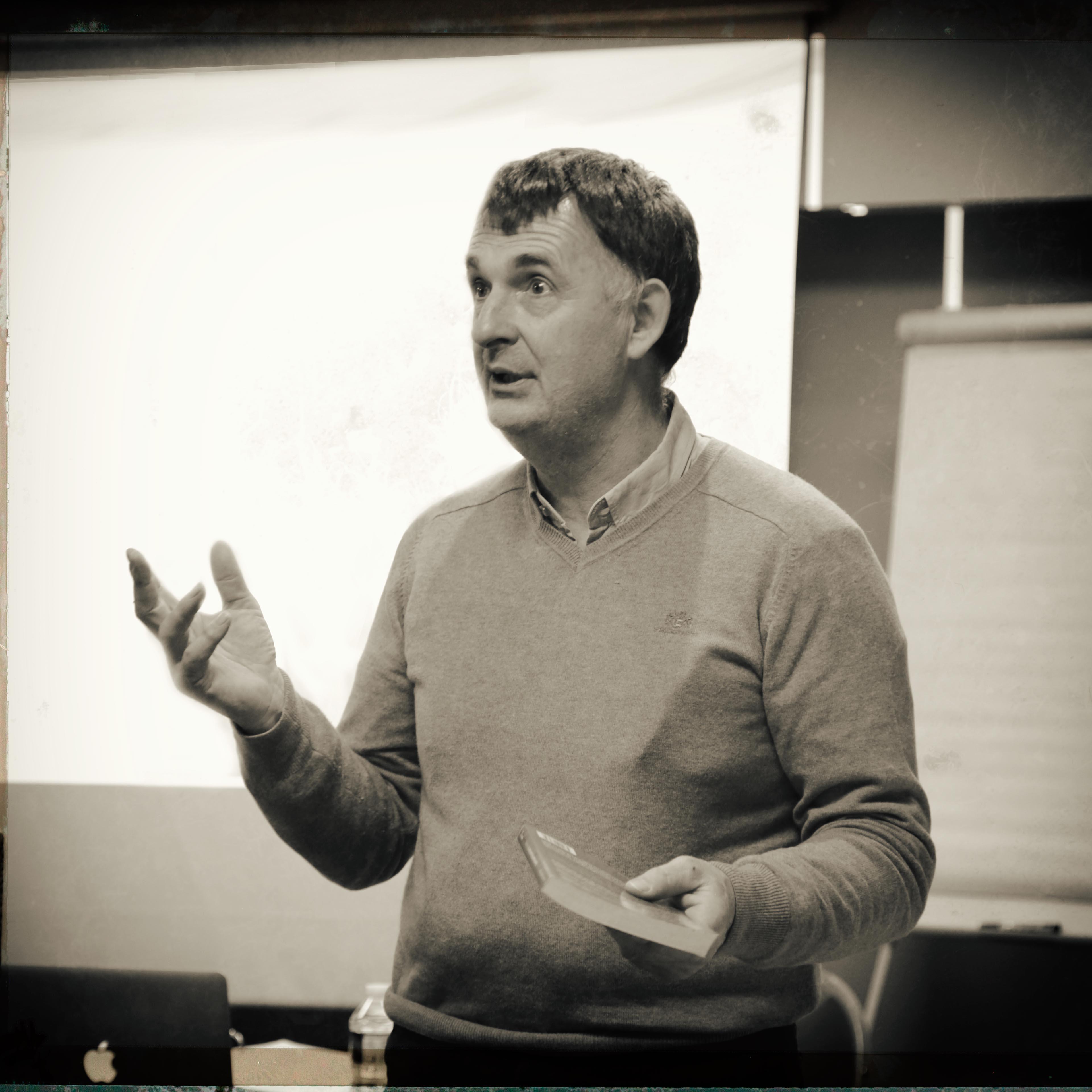 Dr. Jean-Marc HAMES